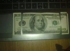 Обмен старых долларовых купюр